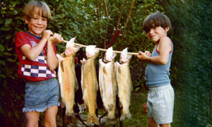 sidebar-gallery-tom-berry-kids-fish